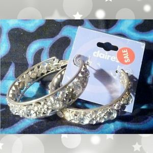 Claire's Med Silvertone Sparkle Hoops Earrings